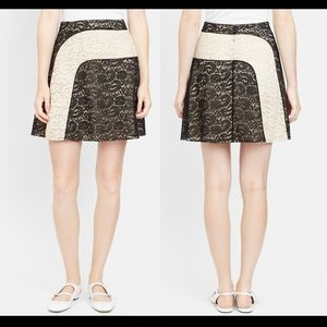 NEW $950 Carven French Lace Contrast Wave Skirt 36
